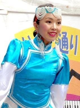 IMG_0374モンゴルーTSx4.jpg