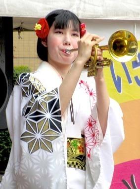 IMG_0551ちんどんTp-TSx4.jpg