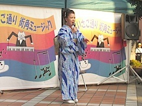 IMG_1055ステージ恭子x4.jpg